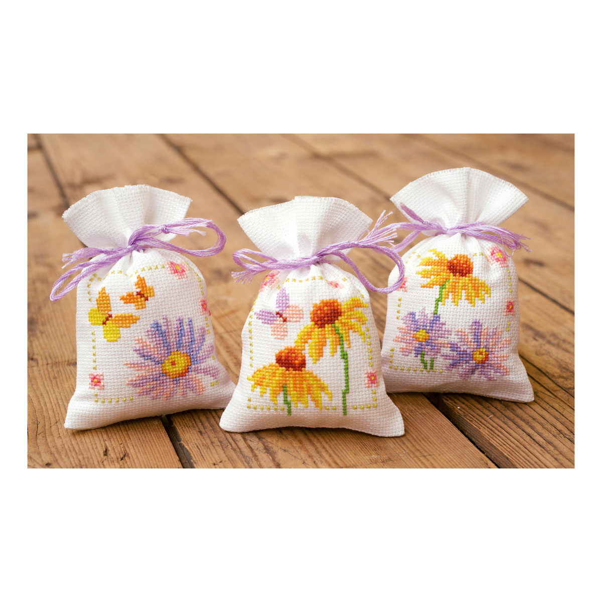 1x Counted Cross Thread Stitch Kit Pot-Pourri Bag Cornflowers /& B.flies Set of 3