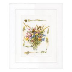 Counted Cross Stitch Kit: Field Bouquet (Evenweave)