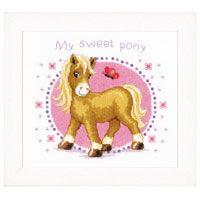 Latch Hook Cushion Kit: Sweet Pony