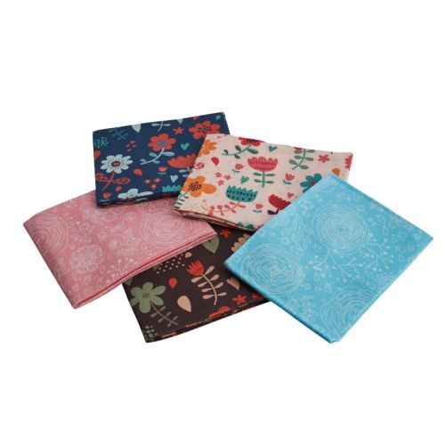 Floral Cartoon Themed Pack of 5 Cotton Fat Quarters - Sewing Online FA243